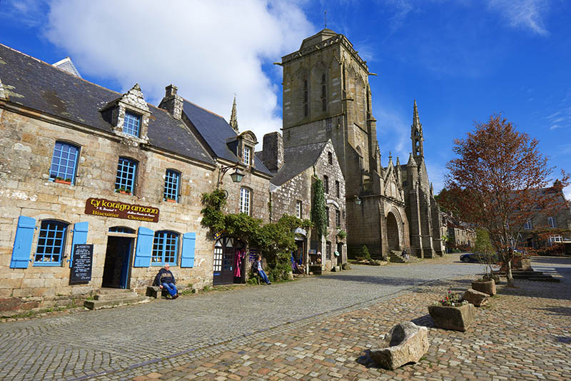 Locronan, Labelled Les Plus Beaux Villages de France, The Most Beautiful Villages of France, St Ronan church, Finisterre, Bretagne, Brittany, Chateulin distict, France.