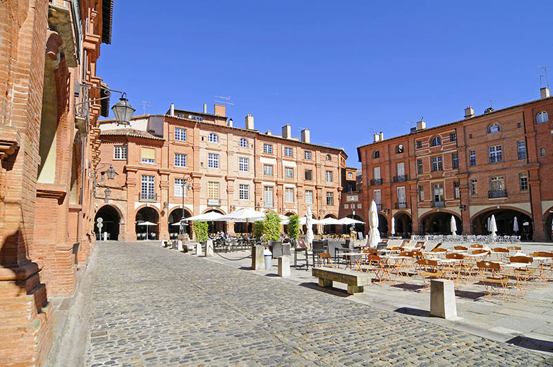 Place Nationale, Montauban, Departement Tarn_et_Garonne, Midi_Pyrenees, France