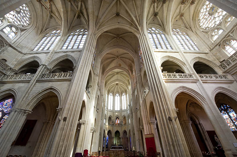 Senlis (Oise, Picardie, France) - Interior of the ancient cathedral in gothic style