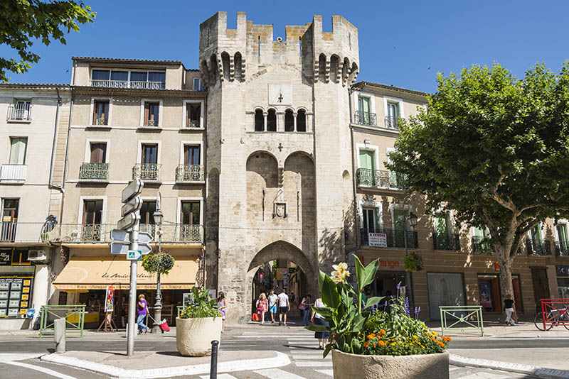 Town gate, Manosque, Provence-Alpes-Côte d'Azur, France, Europe