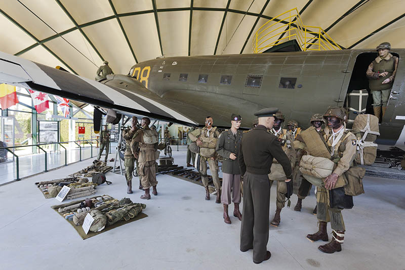France, Normandy Region, Manche Department, D-Day Beaches Area, Sainte Mere Eglise, Musee Airborne, Airborne Museum, D-day invasion by Utah Beach, diorama of C-47 Dakota transport aircraft and US paratroopers with General Eisenhower, Supreme Allied Commander