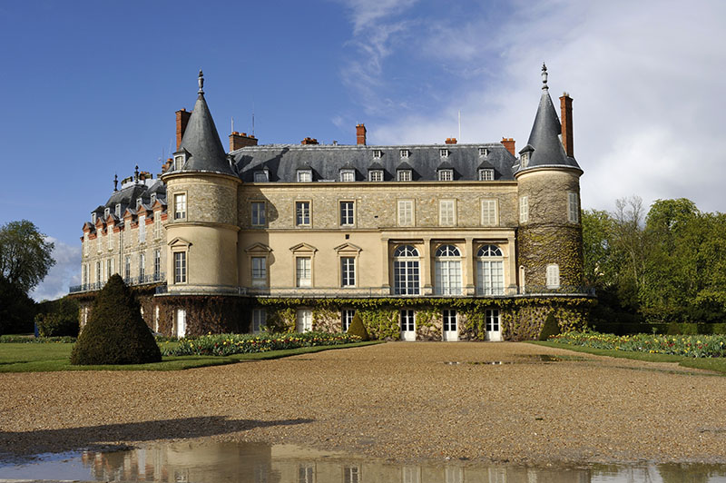 Gardens and castle of Rambouillet, Yvelines department, region Ile-de-France, France, Europe