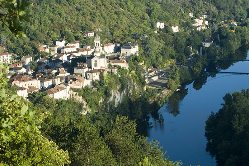 Albas village france perched on the banks of the Lot river